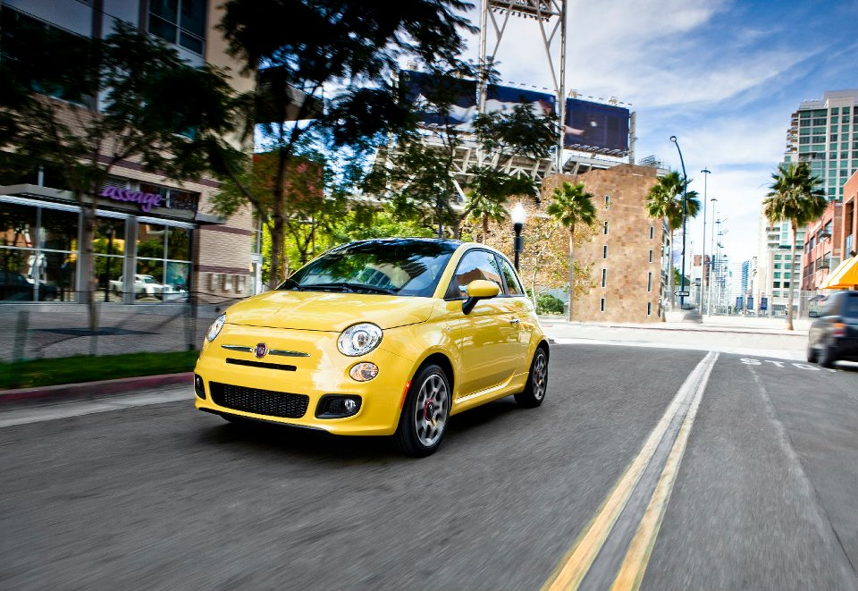Hertz On Demand Cruises Into Miami Beach, First City in Florida to Offer a Car Sharing Program
