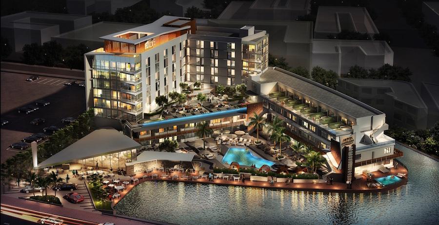 Stylish Aloft hotel opens in Miami's world-famous South Beach