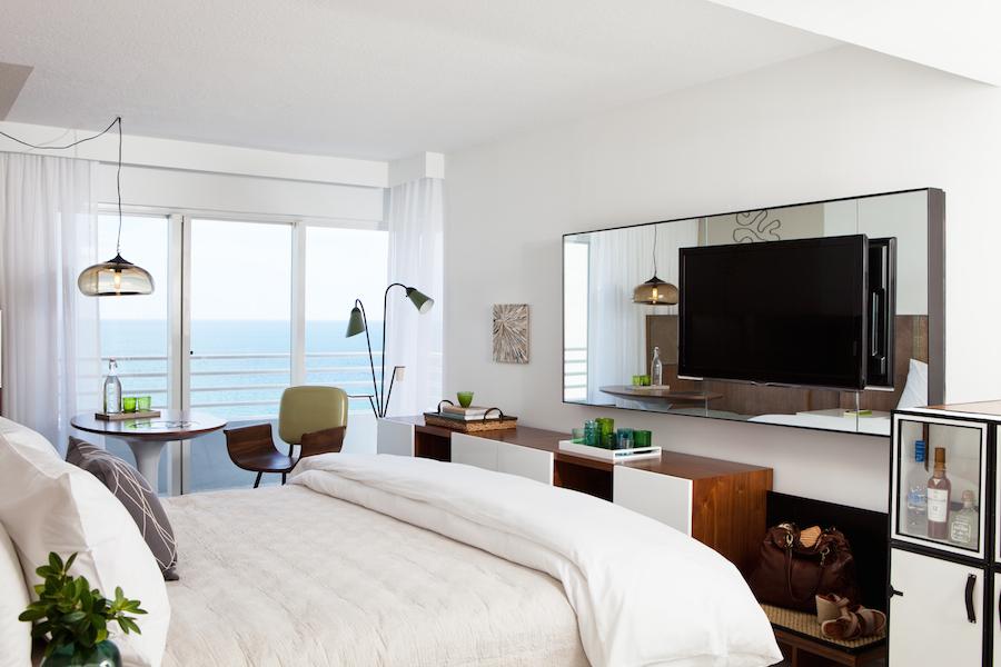 Deluxe King Guestroom Oceanfront