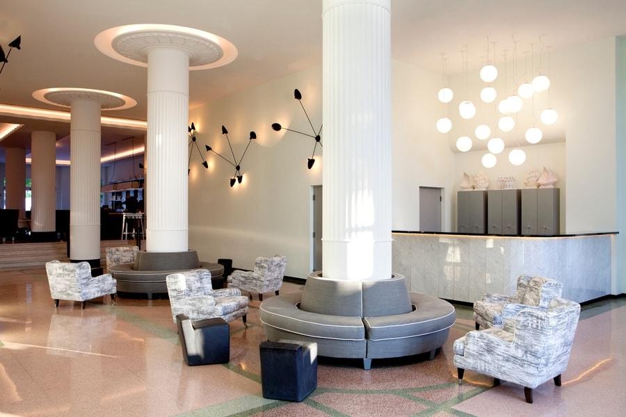 Hotel_Lobby_2-min