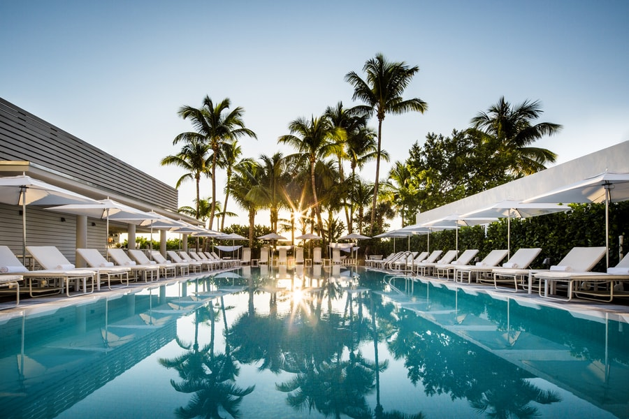 Met-Miami-pool-min