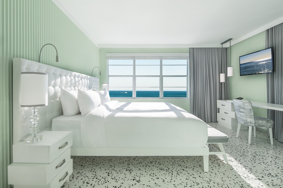 Met_Ocean_View_Room-min