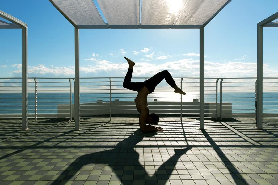 Rooftop-yoga-min
