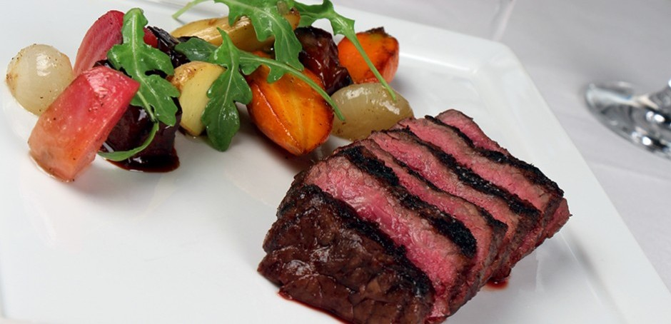 Stripsteak Sunday Brunch Launches at Fontainebleau Miami