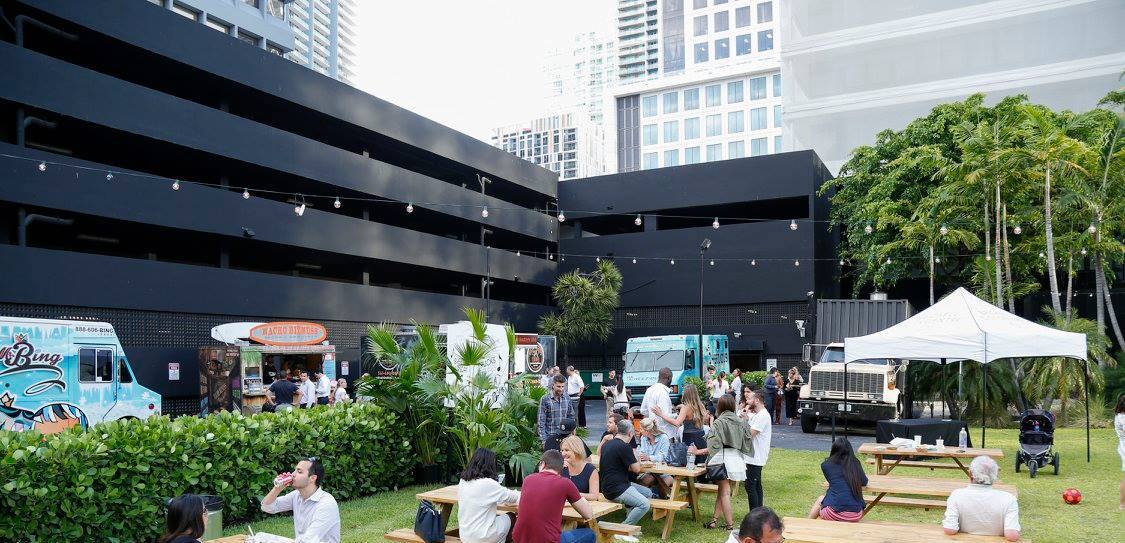 "Brickell City Centre Launches Weekly Celebrations with ""Trucks and Tunes on the Lawn"""