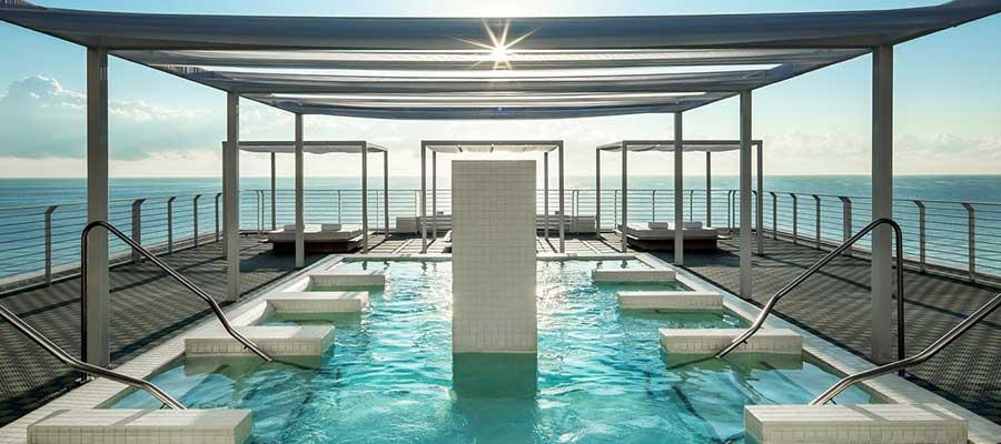 Best Hotels Miami Beach Near Clubs