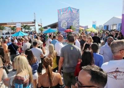 sobewff-crowds